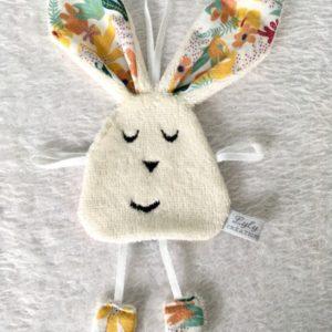doudou lapin feuille